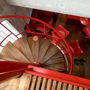 湘南スタジオ 螺旋階段